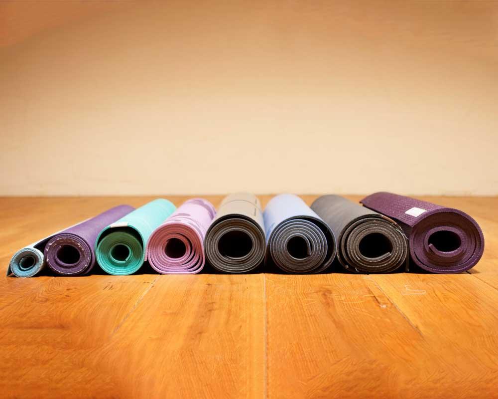 постелки за йога - различни размери